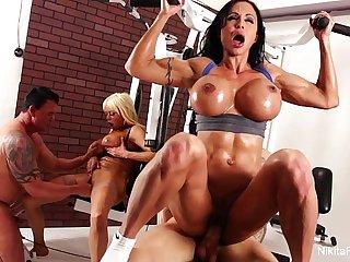 Nikita's sexy shower tease