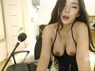 Horny Asian Web Cam Babe can't Stop Masturbating babes469.com