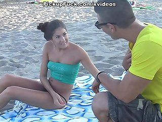 pick-up girl on the beach and fuck her